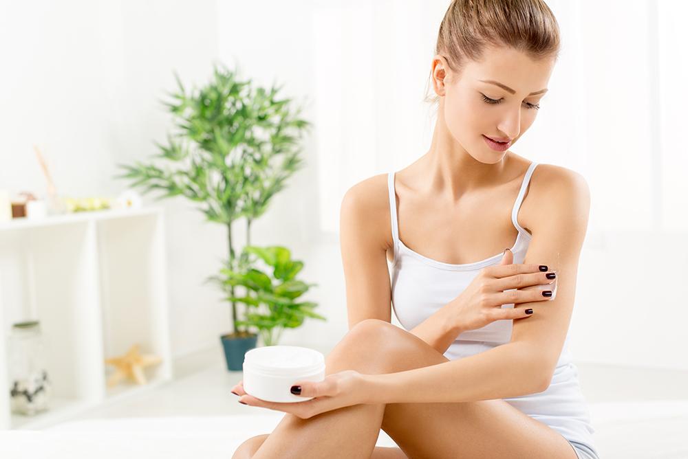 Does moisturizing REALLY help prevent wrinkles?