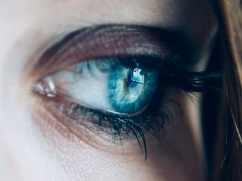 Can you use Exilis or Thermade on the eyelids? Advice from Dr.Irwin
