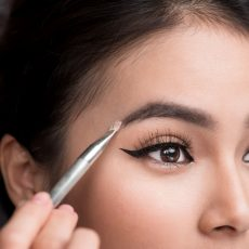 How to use Latisse for sparse eyebrows! By Dr. Irwin on SkinTour dermatology blog
